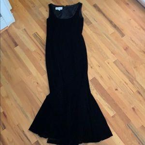 Beautiful black velvet sleeveless evening gown